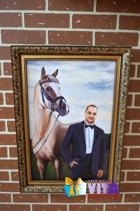 Портрет имитация живописи с конем