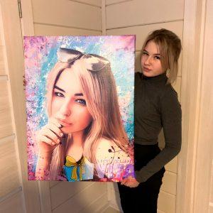 Дрим Арт девушка с портретом